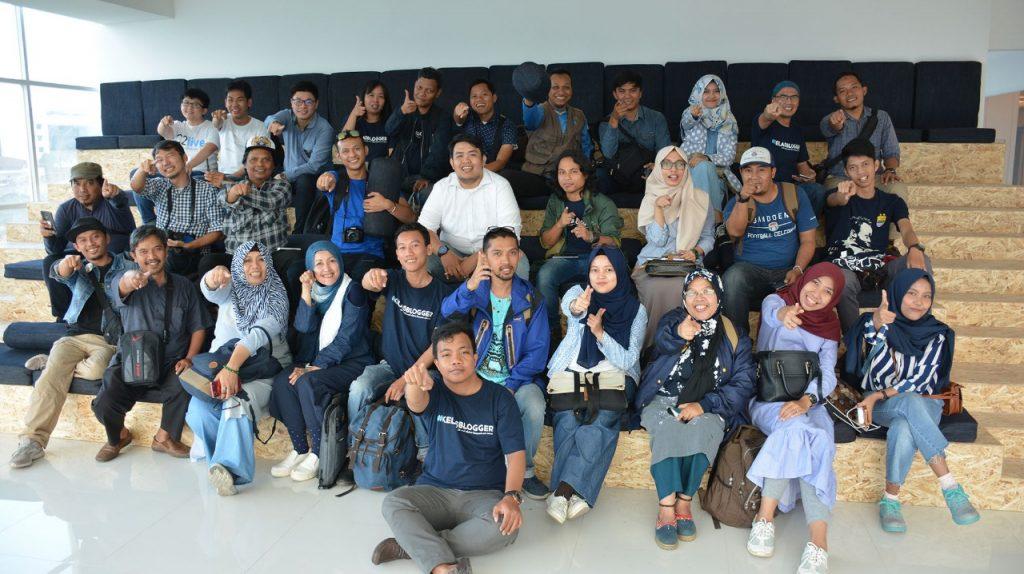 Teman-teman Kelas Blogger dan Blogger Bandung di Greko Creative Hub (Conclave)