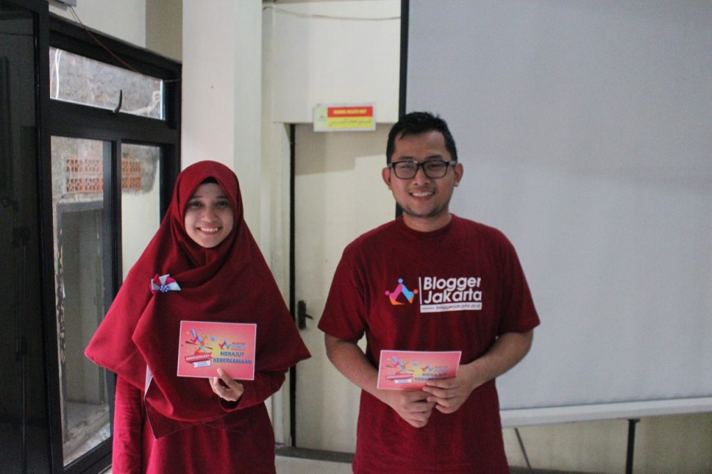 MC dari Blogger Jakarta, Windi Saras dan Riski Saputra