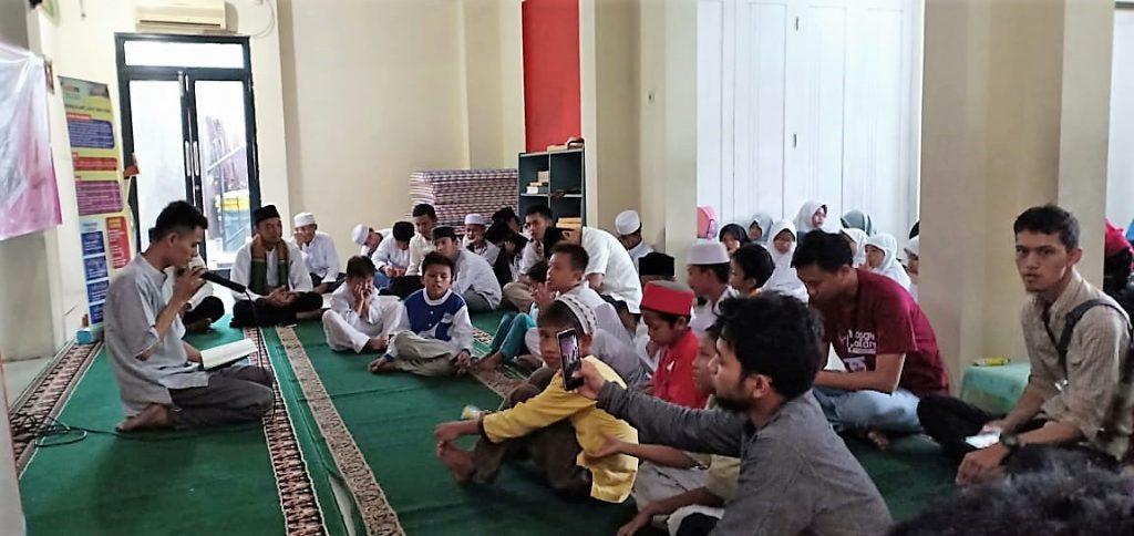 Oji Faoji Membacakan Ayat Scu Al-Qur'an