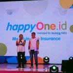 Direktur Astra International Suparno Djasmin dan CEO Asuransi Astra Rudy Chen