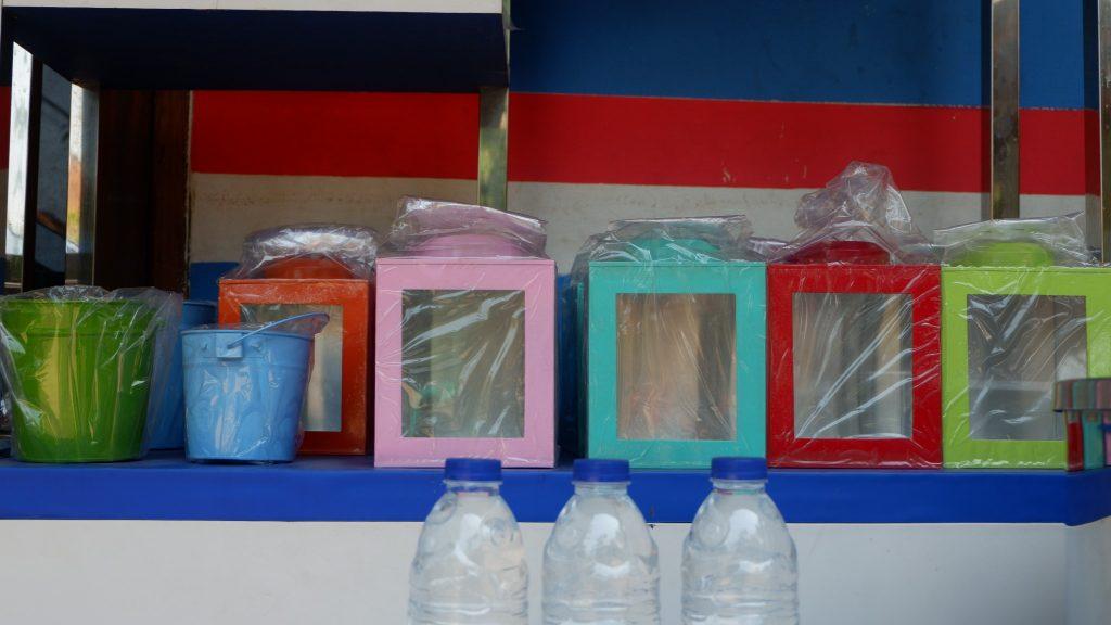 Beberapa produk yang dihasilkan oleh Pengrajin dari Kampung Kaleng