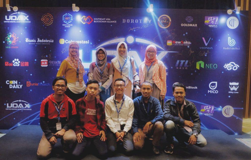 Saya bersama teman-teman Blogger Jakarta menghadiri peluncuran Udax Indonesia